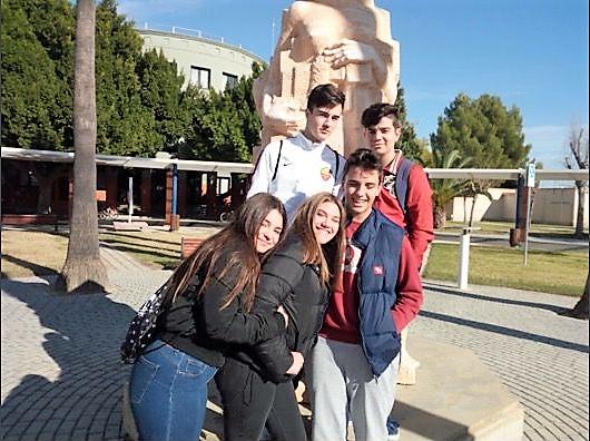 Los alumnos de 4º de ESO visitan el MUDIC, museo situado en Orihuela