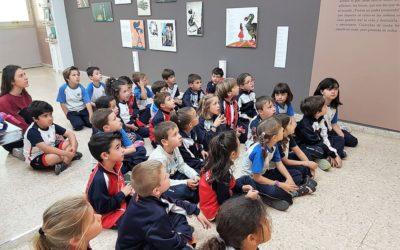 Los alumnos de 1º de Primaria visitan la biblioteca Azorín