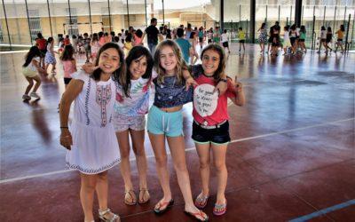 Los alumnos de Primaria despiden el curso y se despiden de sus compañeros de sexto