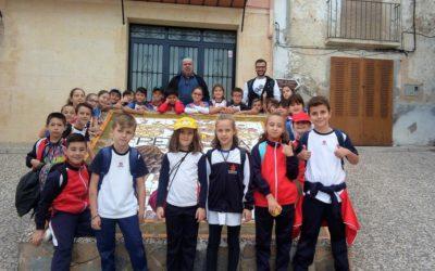 Niños y niñas de 3º de Primaria en Penáguila, visita cultural