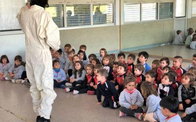 Una apicultora nos visita