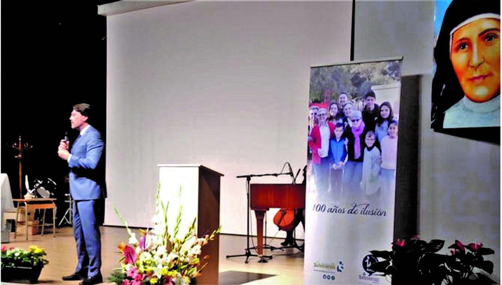 Las Salesianas celebran un siglo de presencia en Alicante