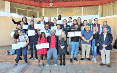 La Escuela de Oficios de Alicante certifica la formación de 13 participantes que iniciaron el curso.