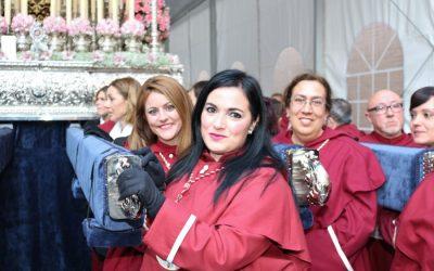 La Hermandad de la Santa Cena recorre las calles de Alicante