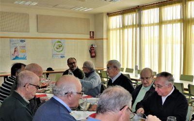 Un grupo de salesianos visitan la Parroquia y Colegio Don Bosco