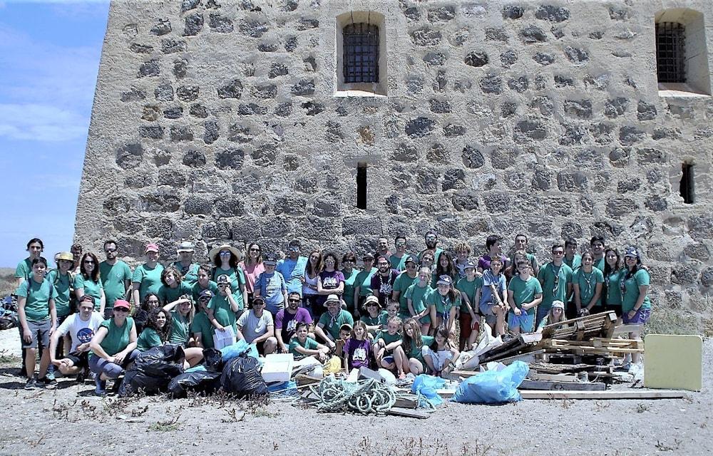 El grupo scout Impeesa visita Tabarca para concienciarse sobre el Medio-ambiente.