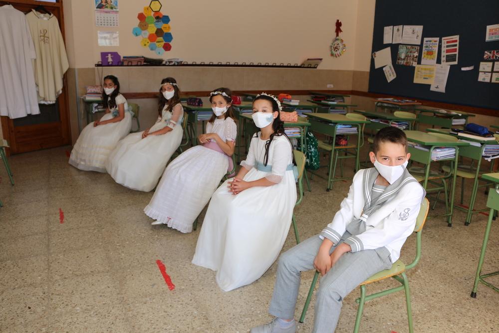 Dan comienzo las Primeras Comuniones en el colegio Don Bosco
